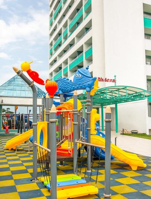 Ultimele 3 zile de early booking! Hotel RIVIERA 3* Mamaia – 1659 ron/2 adulti